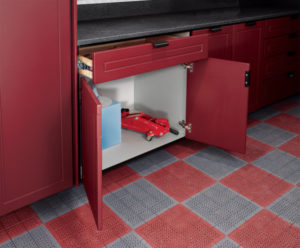 Custom Garage cabinets cupboards and drawers