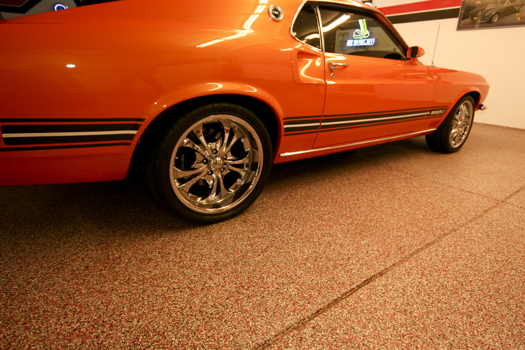 10 Ways To Upgrade Your Garage This Weekend: Easy Ways To Organize Your Garage This Weekend!